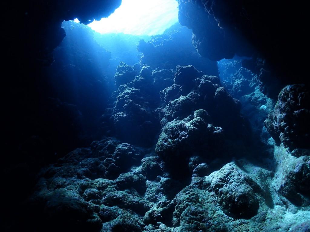 神秘の洞窟♪