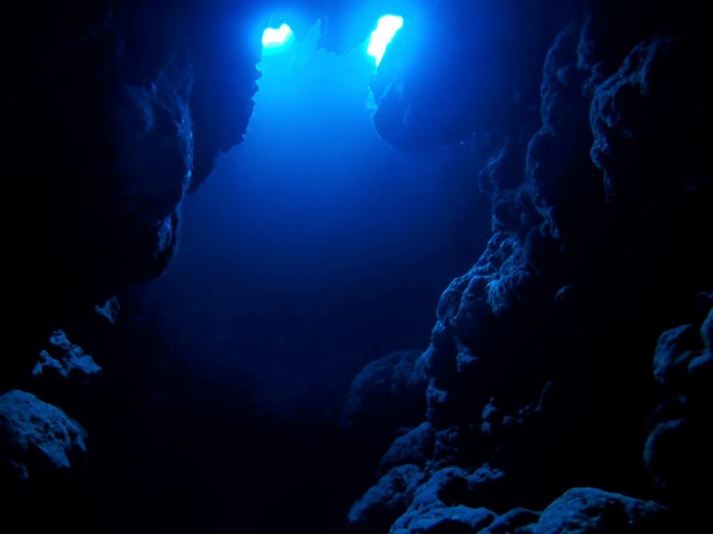 ロング洞窟でうねうね...